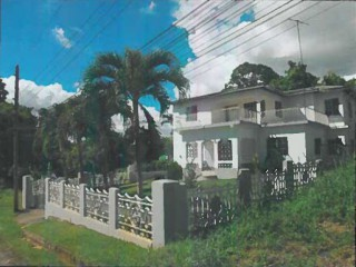 5 bed 2 bath House For Sale in Magazine, St. Catherine, Jamaica