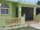 West Ascot, St. Catherine, Jamaica - House for Lease/rental