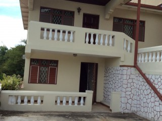 2 bed 2 bath Townhouse For Rent in Queen Hill, Kingston / St. Andrew, Jamaica