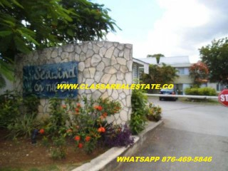 Studio Apartment For Rent in SEAWIND ON THE BAY, St. James, Jamaica