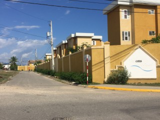 2 bed 2 bath Townhouse For Sale in Union Estate Twickenham Park, St. Catherine, Jamaica