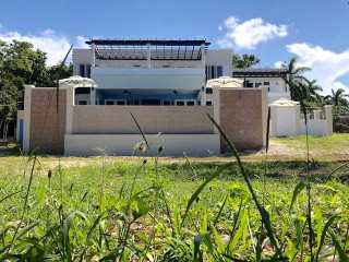 5 bed 5 bath Resort/vacation property For Sale in Rose Hall, St. James, Jamaica