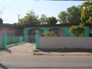 2 bed 1 bath House For Rent in Bridgeport, St. Catherine, Jamaica