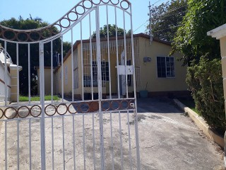 2 bed 2 bath House For Rent in Old Harbour, St. Catherine, Jamaica