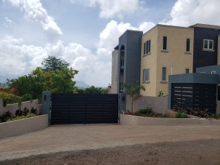 1 bed 1 bath Apartment For Rent in Red Hills, Kingston / St. Andrew, Jamaica