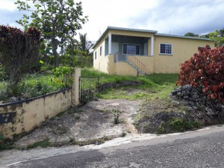 Hanbury Road Price Reduced, Manchester, Jamaica - House for Sale