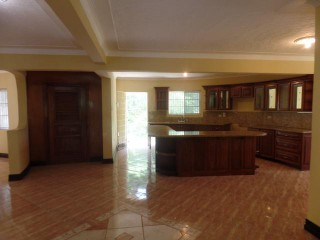5 bed 5.5 bath House For Sale in Boone Hall, Kingston / St. Andrew, Jamaica