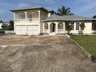 3 bed 2.5 bath House For Rent in Mandeville, Manchester, Jamaica