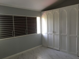 2 bed 2 bath Townhouse For Rent in Kingsway, Kingston / St. Andrew, Jamaica