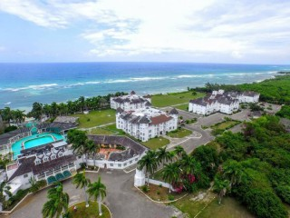 1 bed 1 bath Resort/vacation property For Sale in MONTEGO BAY, St. James, Jamaica