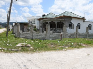 3 bed 2.5 bath House For Sale in Petersfield, Westmoreland, Jamaica
