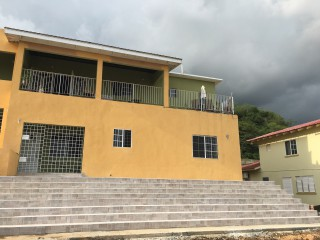 2 bed 1 bath Apartment For Rent in Queen Hill, Kingston / St. Andrew, Jamaica