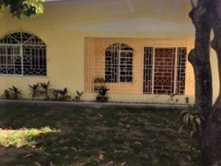 5 bed 4 bath House For Sale in MEADOW BROOK, Kingston / St. Andrew, Jamaica