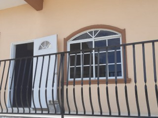 3 bed 2 bath Apartment For Rent in Approx 5 Mins from Mandela Highway Plantation Heights Kingston 19, Kingston / St. Andrew, Jamaica