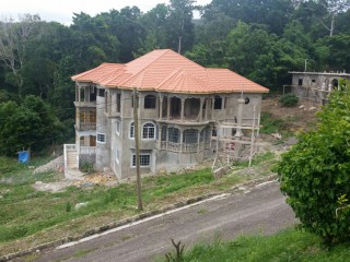 2 bed 1 bath House For Rent in Ochi rios, St. Ann, Jamaica