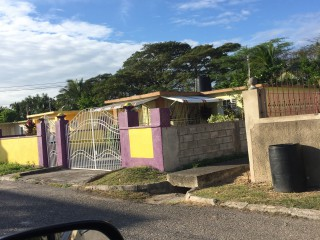 2 bed 1 bath House For Sale in Innswood Village Spanish Town, St. Catherine, Jamaica