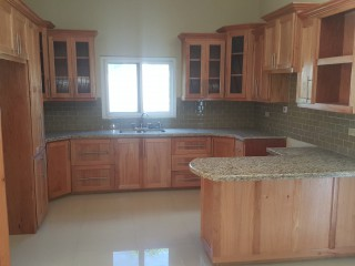 2 bed 2.5 bath Apartment For Sale in Mayfair Red Hills, Kingston / St. Andrew, Jamaica