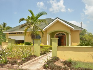 3 bed 2 bath House For Sale in Junction, St. Elizabeth, Jamaica