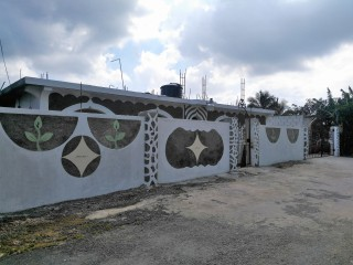 Mango Row, St. Thomas, Jamaica - House for Sale