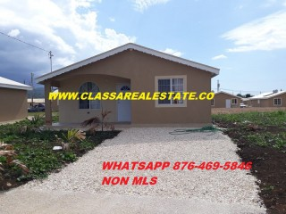 2 bed 1 bath House For Rent in WEST VILLAGE, St. James, Jamaica