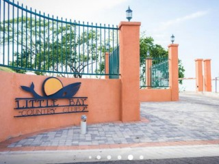 2 bed 2.5 bath Townhouse For Sale in Negril, Hanover, Jamaica