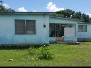 3 bed 1 bath House For Sale in PALMERS CROSS, Clarendon, Jamaica