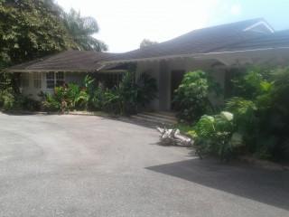 3 bed 5 bath House For Rent in Bridgemount, Kingston / St. Andrew, Jamaica