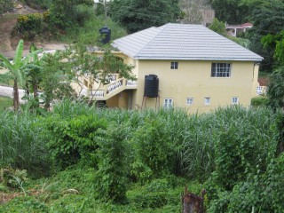 off New Green Road, Manchester, Jamaica - Flat for Lease/rental