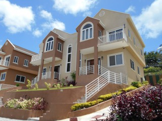 2 bed 2.5 bath Townhouse For Sale in Ocho Rios, St. Ann, Jamaica