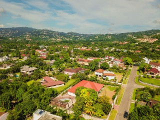 4 bed 5 bath House For Sale in Cherry Gardens, Kingston / St. Andrew, Jamaica