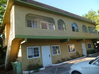 10 bed 5 bath House For Sale in Vineyard Town, Kingston / St. Andrew, Jamaica