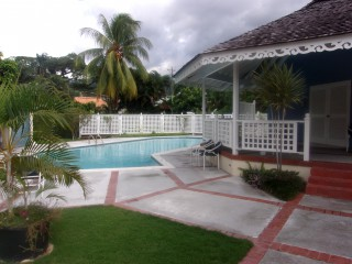 Shortwood Road, Kingston / St. Andrew, Jamaica - Townhouse for Lease/rental