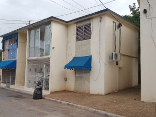 1 bed 1 bath Apartment For Sale in Georgianna Close, Kingston / St. Andrew, Jamaica