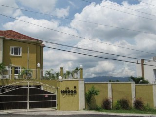 2 bed 2.5 bath Apartment For Sale in The Pearls of Liguanea, Kingston / St. Andrew, Jamaica
