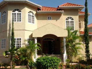 5 bed 4.5 bath House For Sale in VISTA DEL MAR, St. Ann, Jamaica