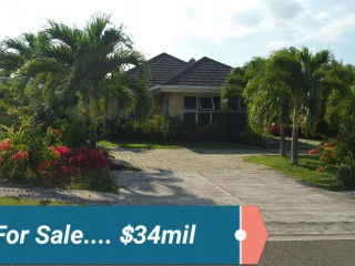 3 bed 2 bath House For Sale in Richmond, St. Ann, Jamaica
