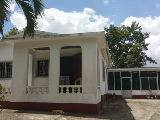 5 bed 2 bath House For Sale in Riversdale, St. Catherine, Jamaica