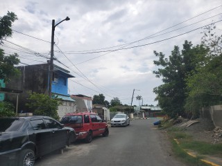 Townhouse For Sale in Duhaney Park, Kingston / St. Andrew, Jamaica