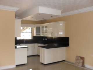Mandeville, Manchester, Jamaica - Apartment for Lease/rental