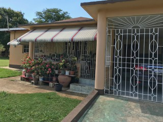 3 bed 3 bath House For Sale in Santa Cruz, St. Elizabeth, Jamaica