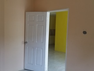 2 bed 1 bath House For Sale in Portmore, St. Catherine, Jamaica