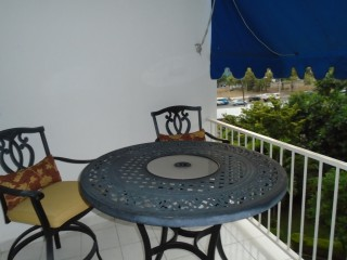 2 bed 1 bath Apartment For Rent in Liguanea, Kingston / St. Andrew, Jamaica