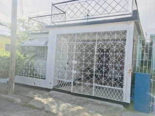 2 bed 1 bath House For Sale in Waterford, St. Catherine, Jamaica